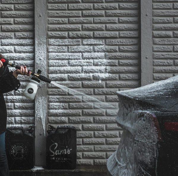 Пена для бесконтактной мойки Sam's Detailing Snow Foam 500мл